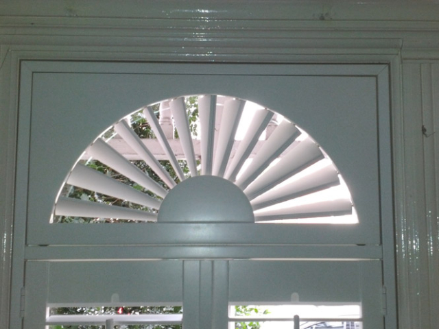curved Shutters
