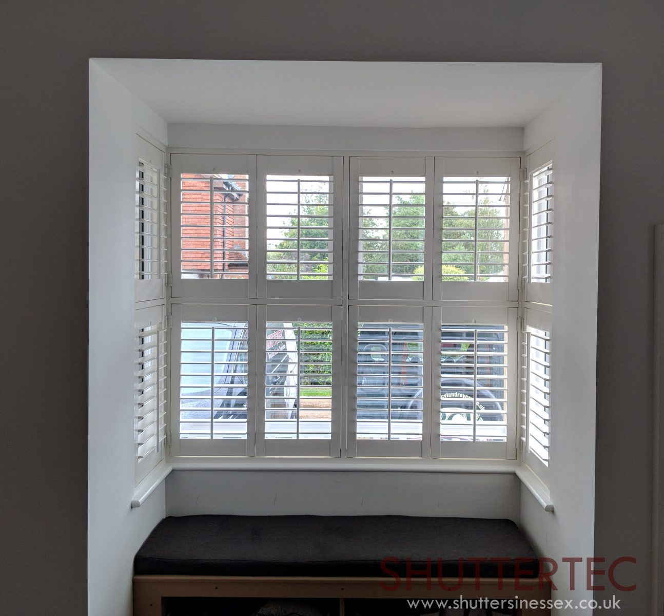 bay window shutter