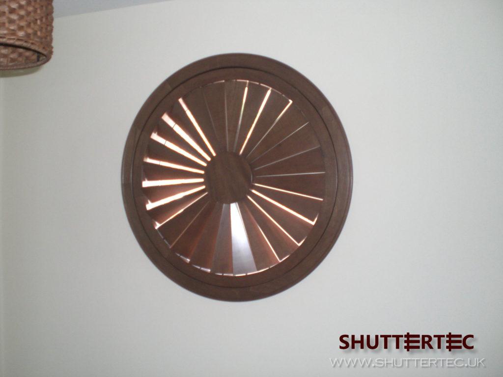 round shutter
