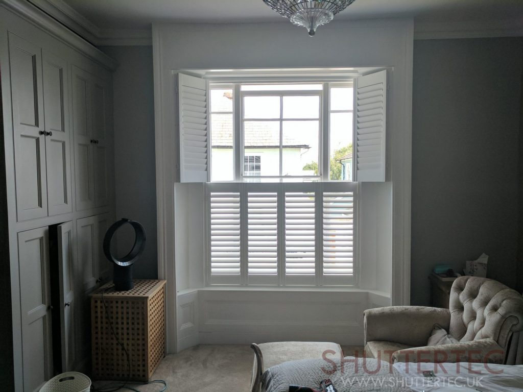 smaller slat sizes are best for small windows